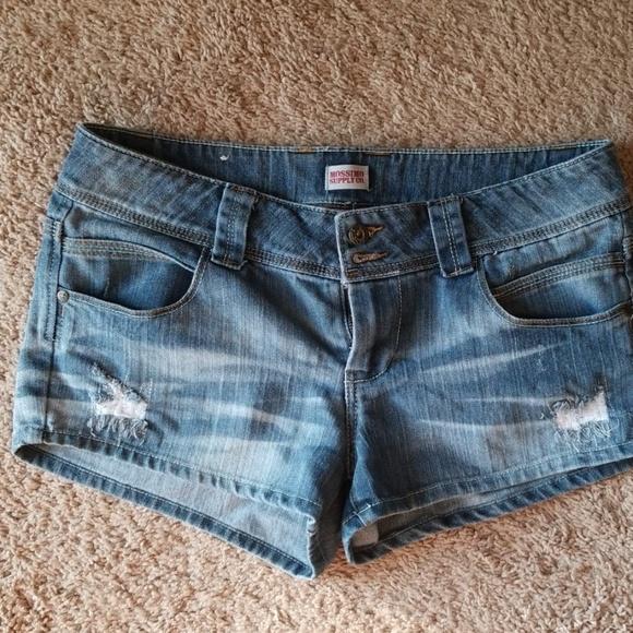 Mossimo Supply Co. Pants - Jean shorts